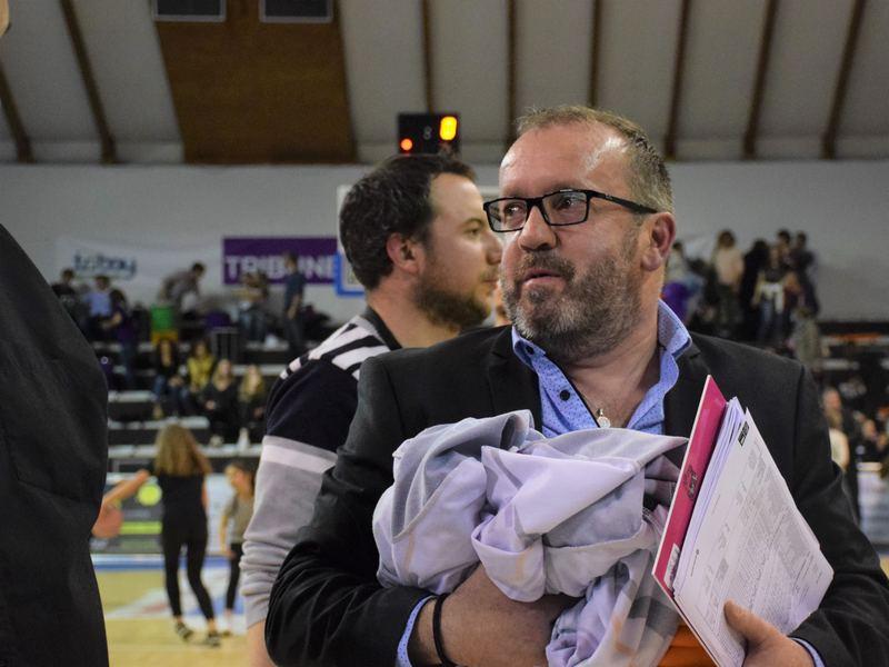 Lionel Oustry, entraîneur adjoint du TGB