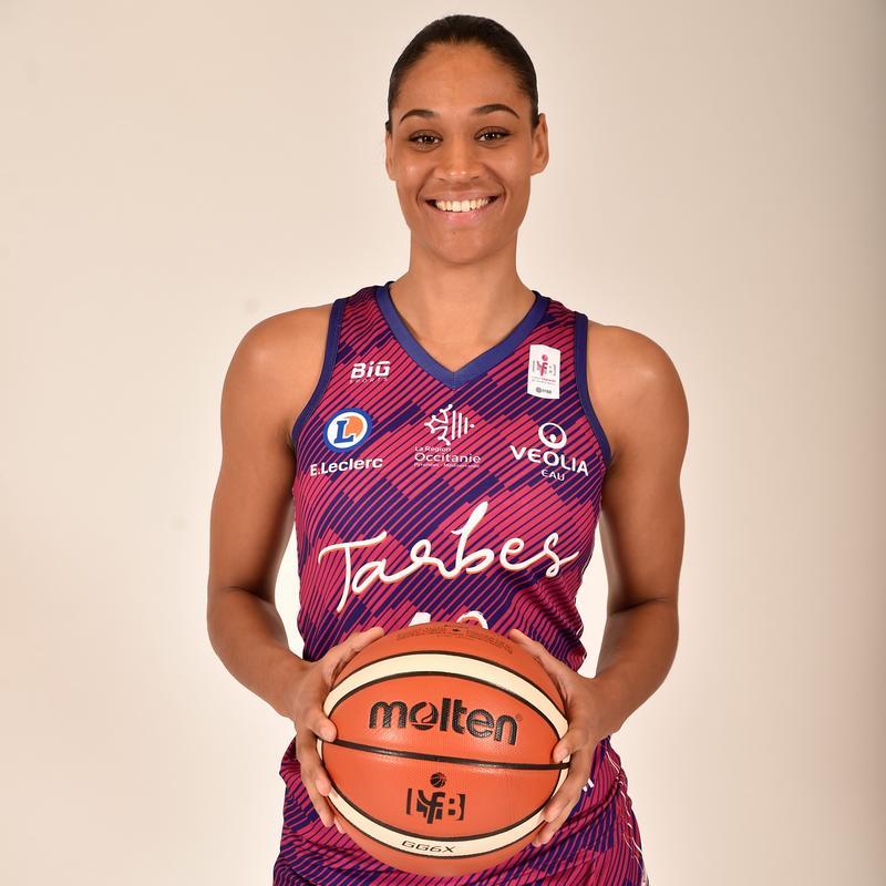 Nathalie Fontaine, joueuse du TGB