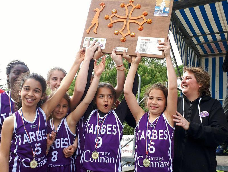 tournoi 1er mai Moissac U11 TGB Championne