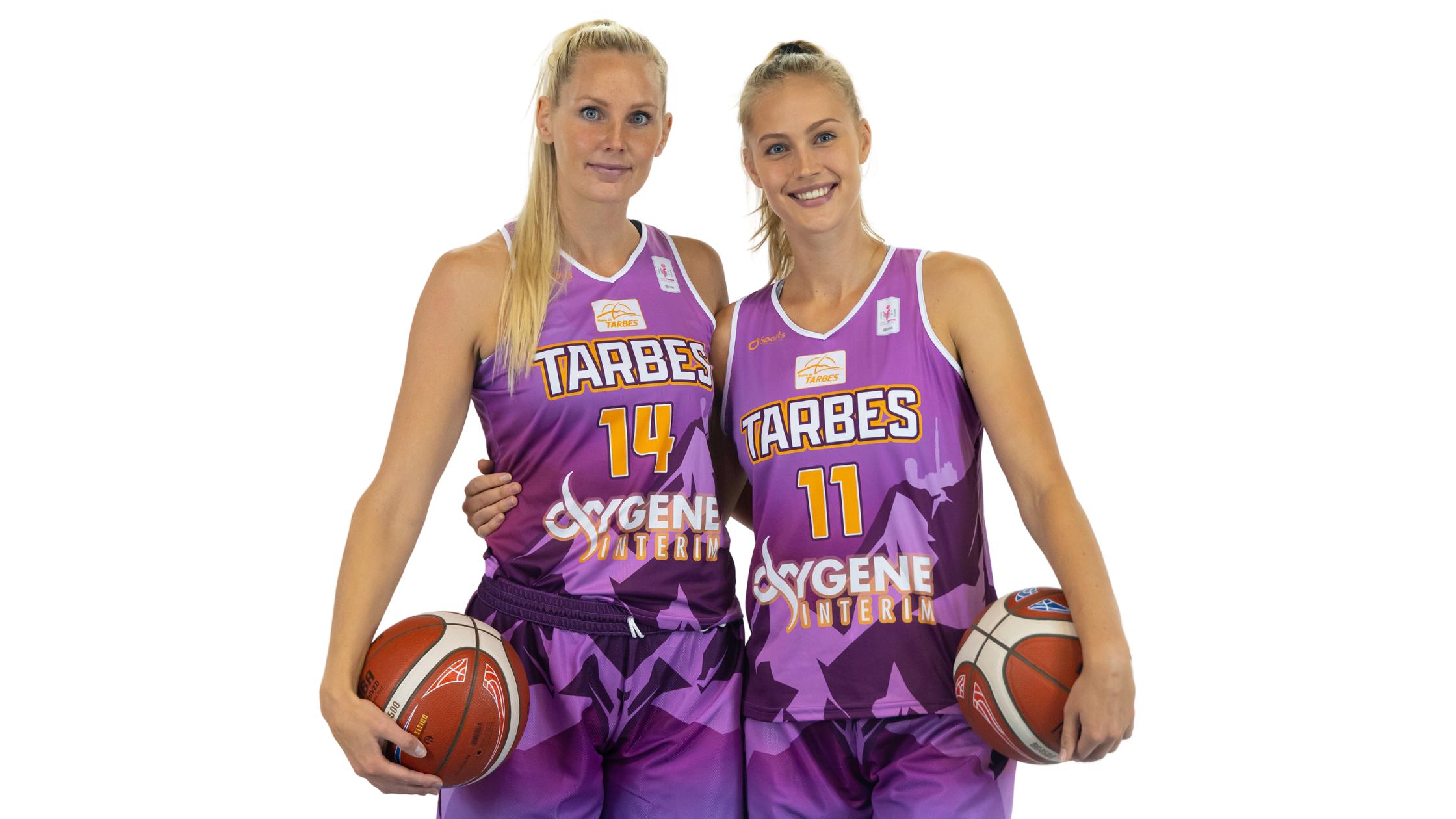Halvarsson et Magarity avec la Suède